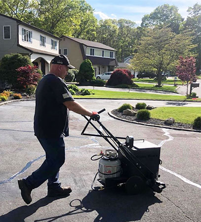 Equipment for Starting an Asphalt Maintenance Business